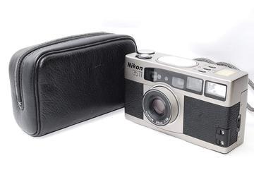 Nikon35Ti (コンパクトカメラ)